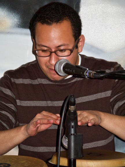 Daniel Menjívar playing Congas